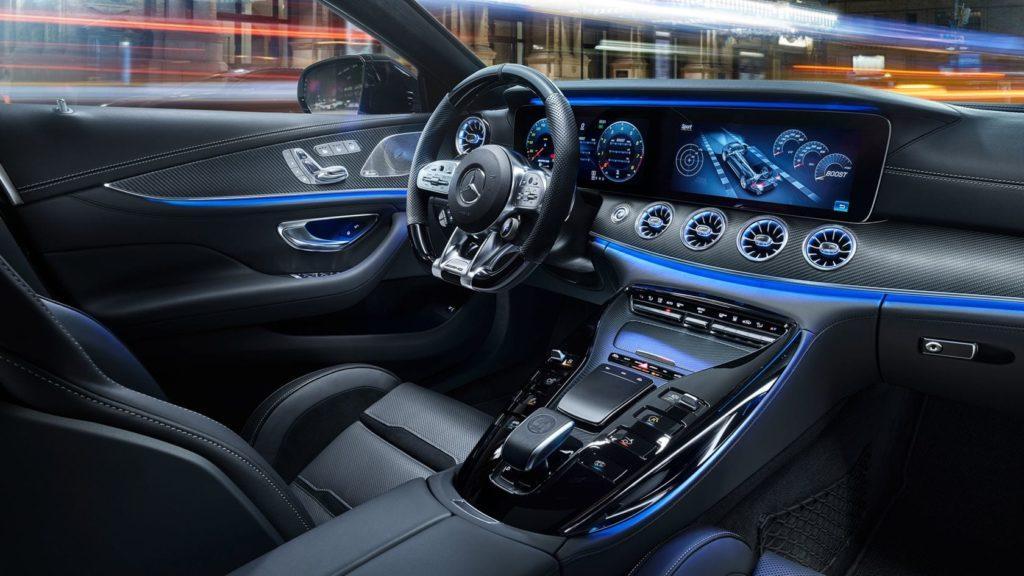 Interni della Mercedes-Benz AMG GT Coupé 4