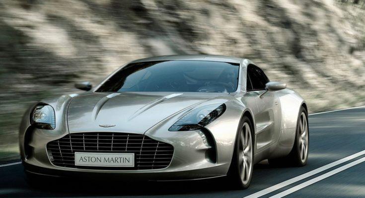 Aston Martin One-77: la coupé a due porte prodotta in appena 77 esemplari