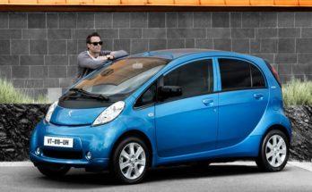 Peugeot iON: la citycar elettrica divertente e comoda per quattro persone