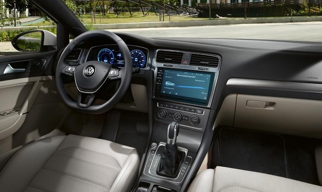Interni della Volkswagen e-Golf